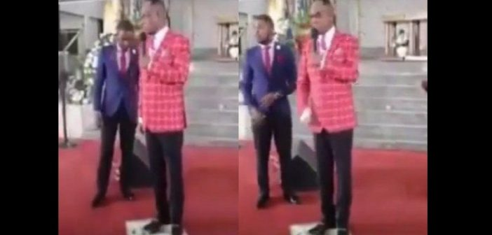 Pastor-steps-on-photo-of-Jesus-says-it's-a-sign-of-mental-slavery-lailasnews-600×356